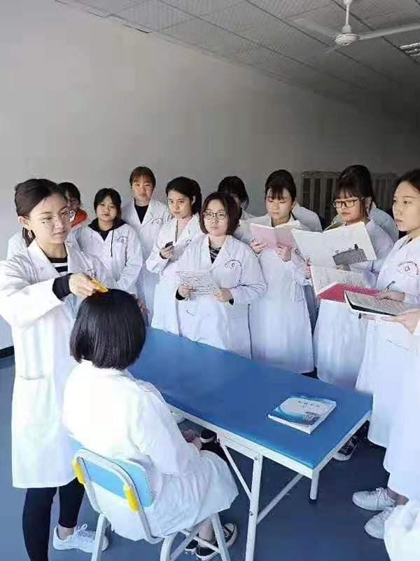 众志成城,抗击疫情,报名不停——石家庄白求恩医学中等专业学校在行动
